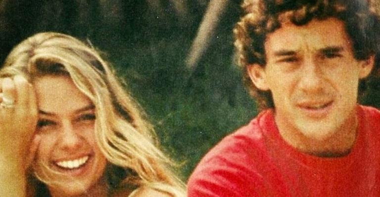 Adriane Galisteu posta clique com Ayrton Senna, no dia em que ele completaria 61 anos Neste dia 21 de março, Ayrton Senna completaria 61 anos; o ex-piloto faleceu em 1994