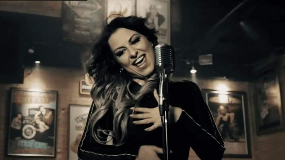 Cantora morta em Minas Gerais dividiu palco com Maiara e Maraisa e fez sucesso com clipe no YouTube