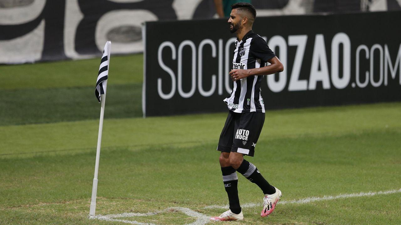 Em jogo emocionante, Ceará vence Grêmio por 3 a 2 na estreia da Série A